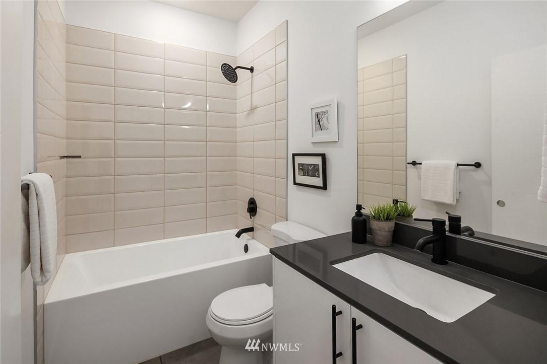 Sold Property | 2612 E Yesler Way Seattle, WA 98122 17