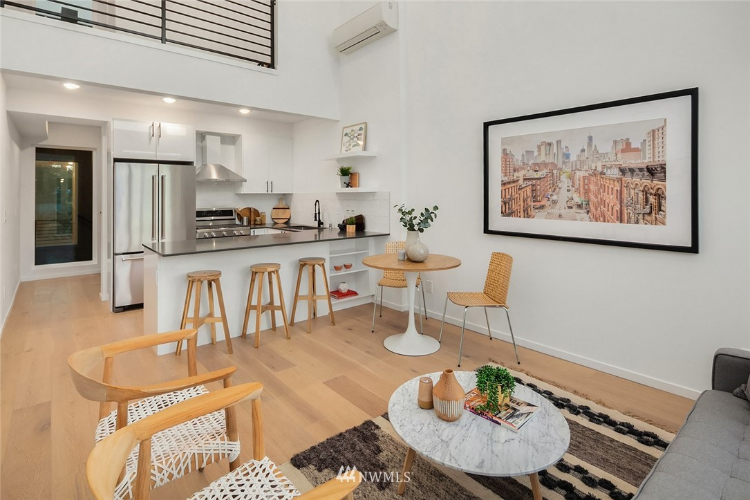 Sold Property | 2606 E Yesler Way Seattle, WA 98122 7