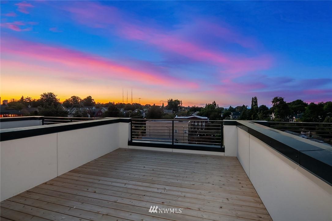 Sold Property | 2606 E Yesler Way Seattle, WA 98122 19