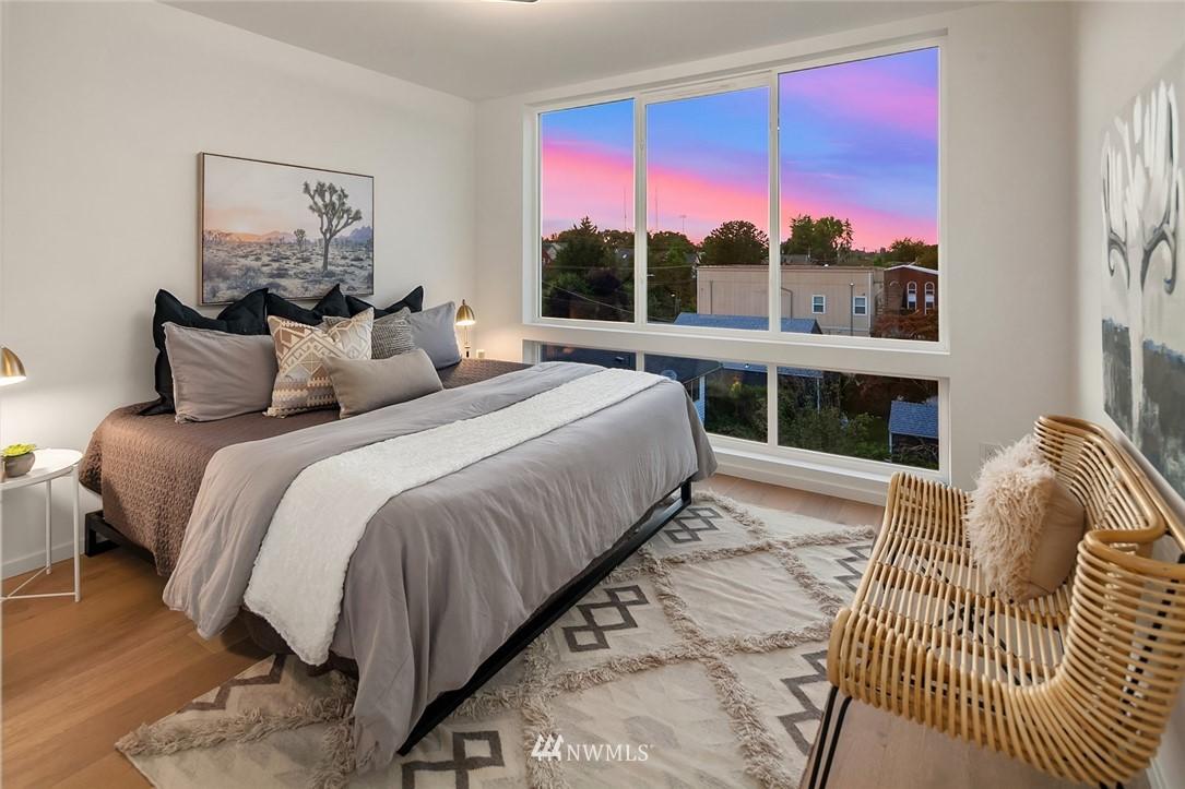 Sold Property | 2608 E Yesler Way Seattle, WA 98122 13