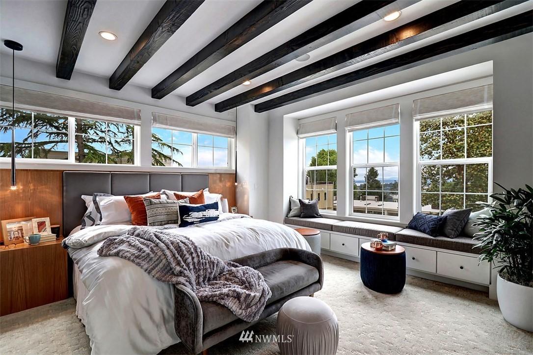 Sold Property | 2138 10th Avenue W #26 Seattle, WA 98119 11