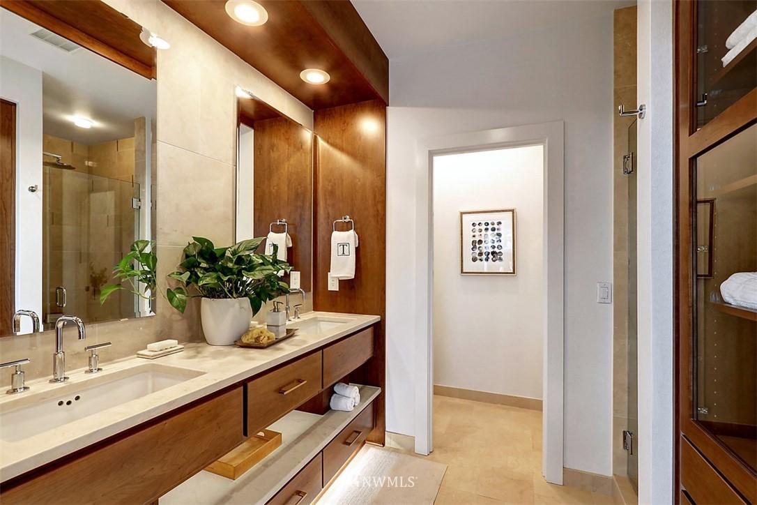 Sold Property | 2138 10th Avenue W #26 Seattle, WA 98119 12