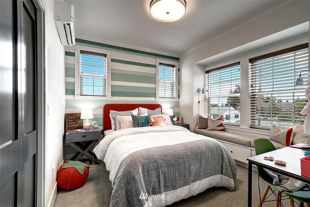 Sold Property | 2138 10th Avenue W #26 Seattle, WA 98119 15