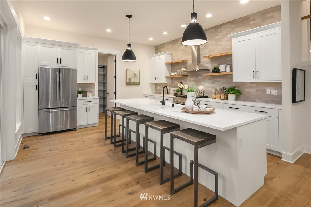 Sold Property | 12049 20th Avenue NE Seattle, WA 98125 9