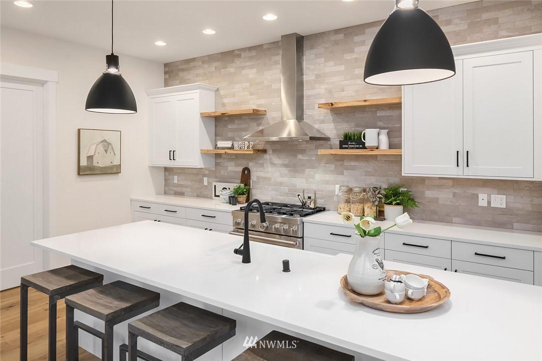 Sold Property | 12049 20th Avenue NE Seattle, WA 98125 10