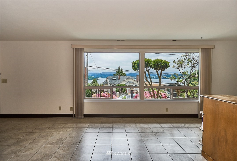 Sold Property | 9910 64th Avenue S Seattle, WA 98118 25