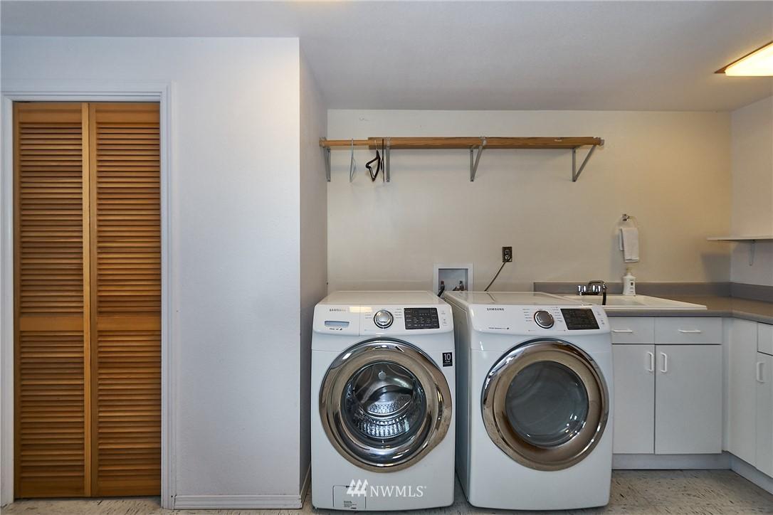 Sold Property | 9910 64th Avenue S Seattle, WA 98118 32