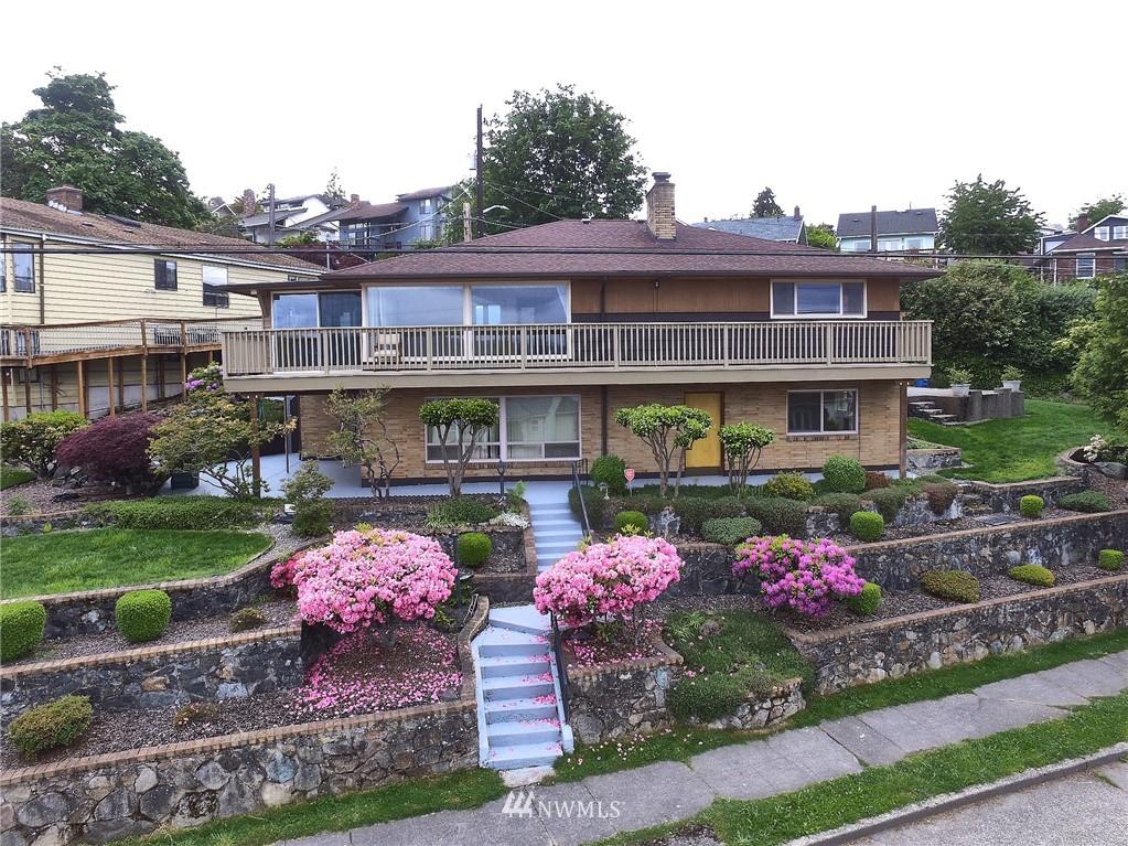 Sold Property | 9910 64th Avenue S Seattle, WA 98118 4