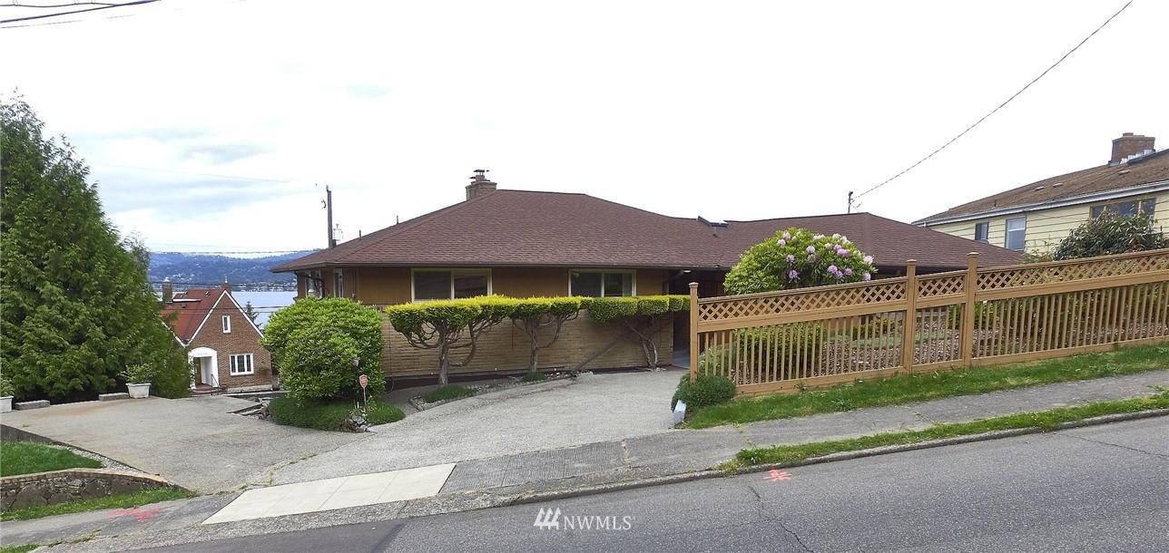 Sold Property | 9910 64th Avenue S Seattle, WA 98118 2