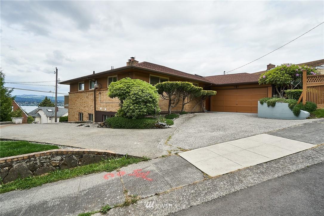 Sold Property | 9910 64th Avenue S Seattle, WA 98118 0