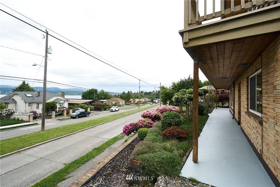 Sold Property | 9910 64th Avenue S Seattle, WA 98118 35