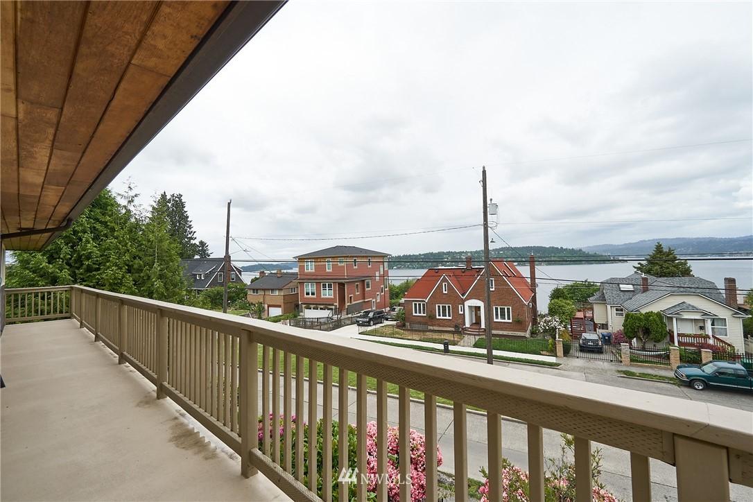 Sold Property | 9910 64th Avenue S Seattle, WA 98118 15