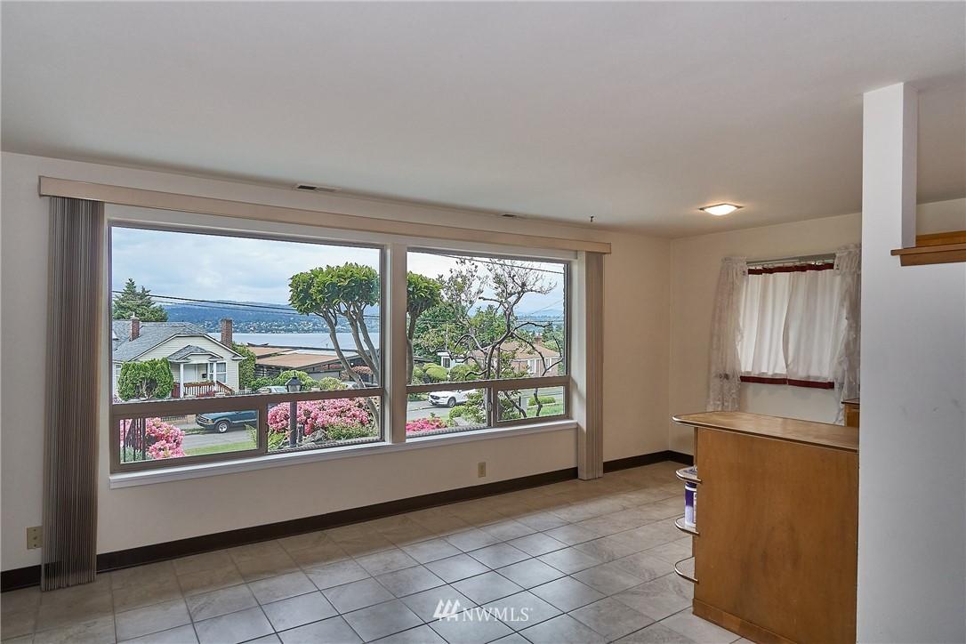 Sold Property | 9910 64th Avenue S Seattle, WA 98118 19