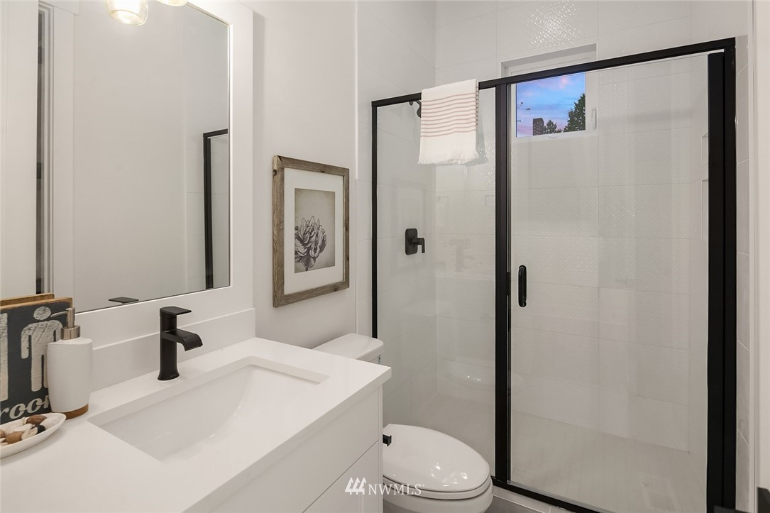 Sold Property | 12051 20th Avenue NE Seattle, WA 98125 15