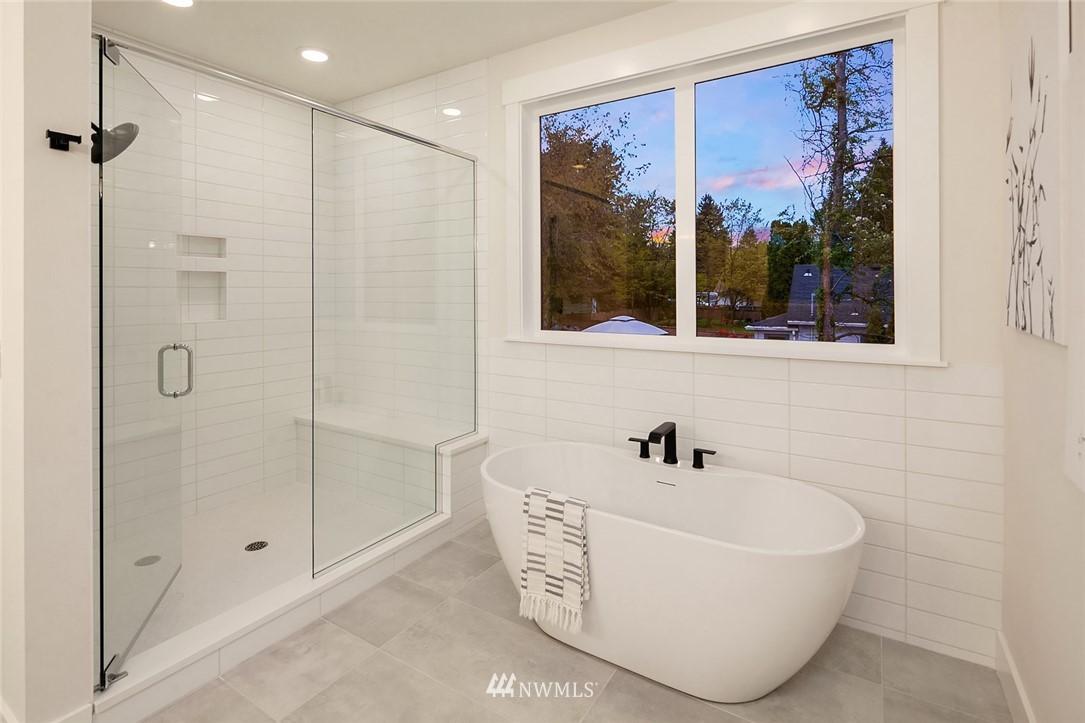 Sold Property | 12051 20th Avenue NE Seattle, WA 98125 23