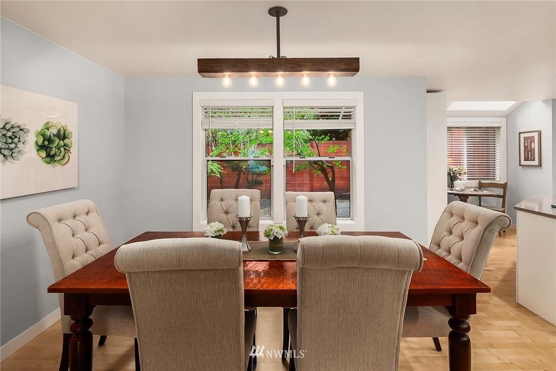 Sold Property | 3212 NE 198th Place Lake Forest Park, WA 98155 4