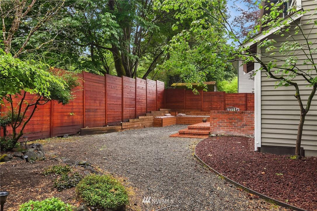 Sold Property | 3212 NE 198th Place Lake Forest Park, WA 98155 23
