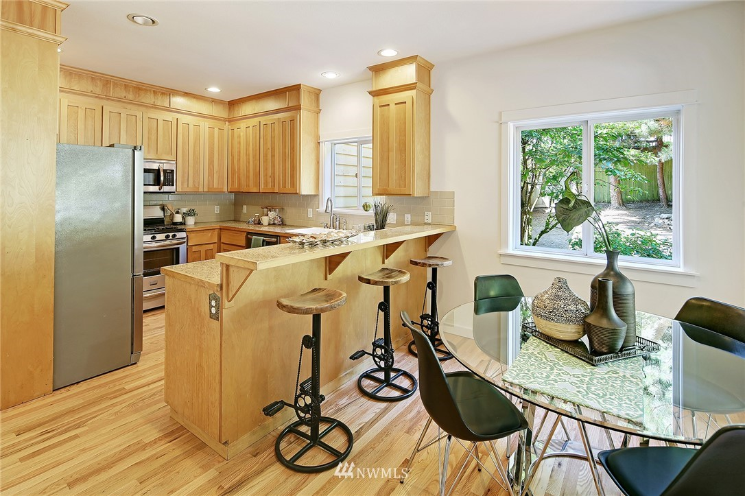 Sold Property   10625 235th Place SW Edmonds, WA 98020 7