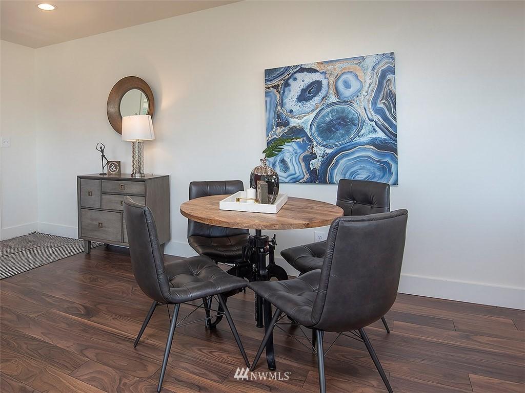 Sold Property   7554 34th Avenue SW Seattle, WA 98126 4