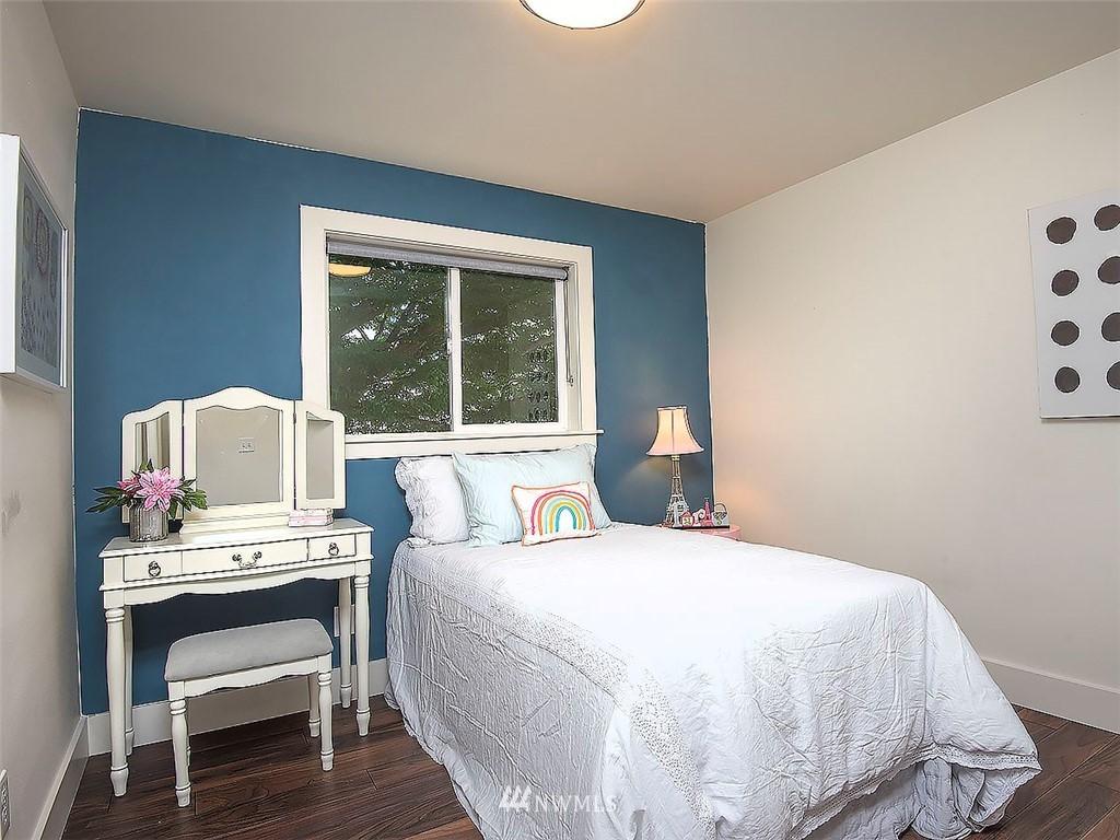 Sold Property   7554 34th Avenue SW Seattle, WA 98126 13