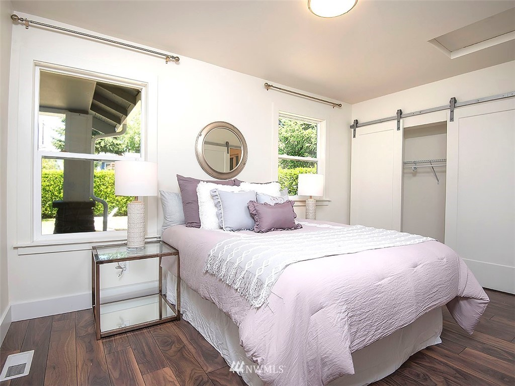 Sold Property   7554 34th Avenue SW Seattle, WA 98126 8