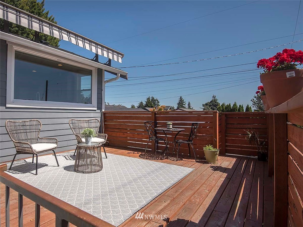 Sold Property   7554 34th Avenue SW Seattle, WA 98126 19