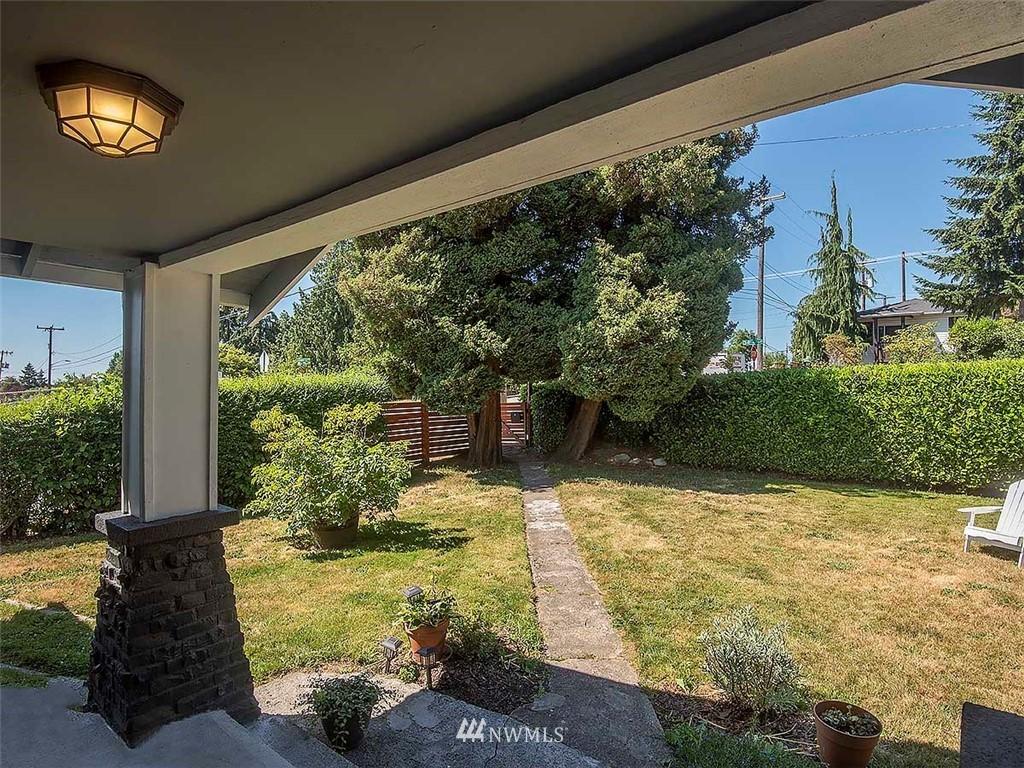 Sold Property   7554 34th Avenue SW Seattle, WA 98126 25