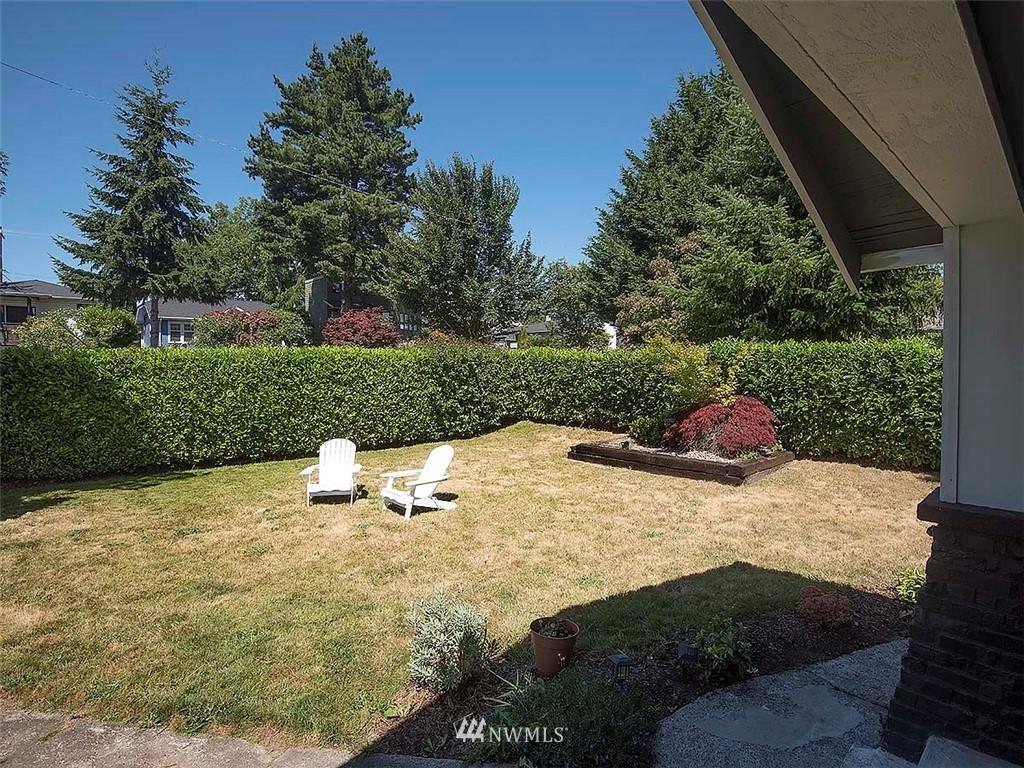 Sold Property   7554 34th Avenue SW Seattle, WA 98126 26