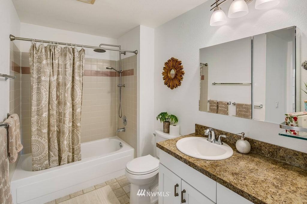 Sold Property | 15600 116th Avenue NE #N4 Bothell, WA 98011 17