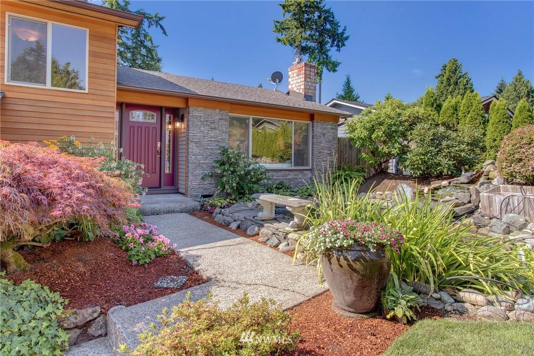 Sold Property | 9033 NE 133rd Pl Kirkland, WA 98034 3