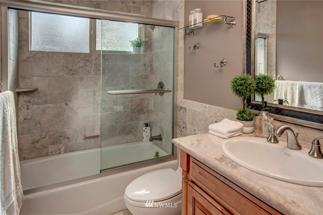 Sold Property | 9033 NE 133rd Pl Kirkland, WA 98034 25