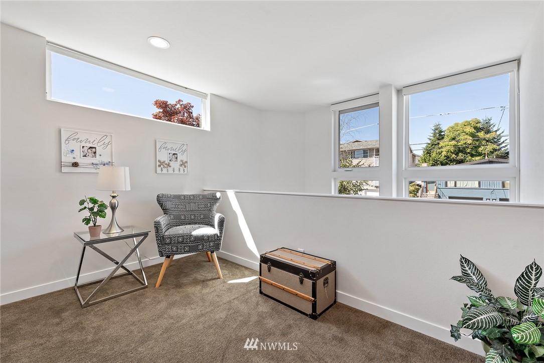 Sold Property   2431 NW 62nd Street #C Seattle, WA 98107 12