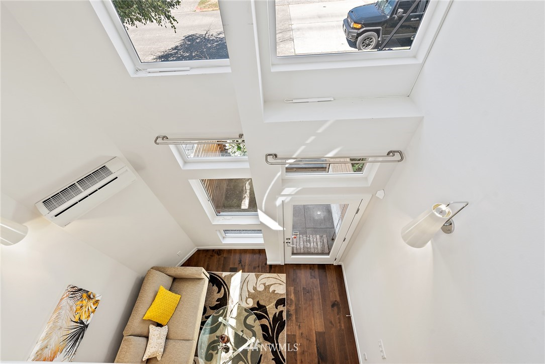 Sold Property   2431 NW 62nd Street #C Seattle, WA 98107 14