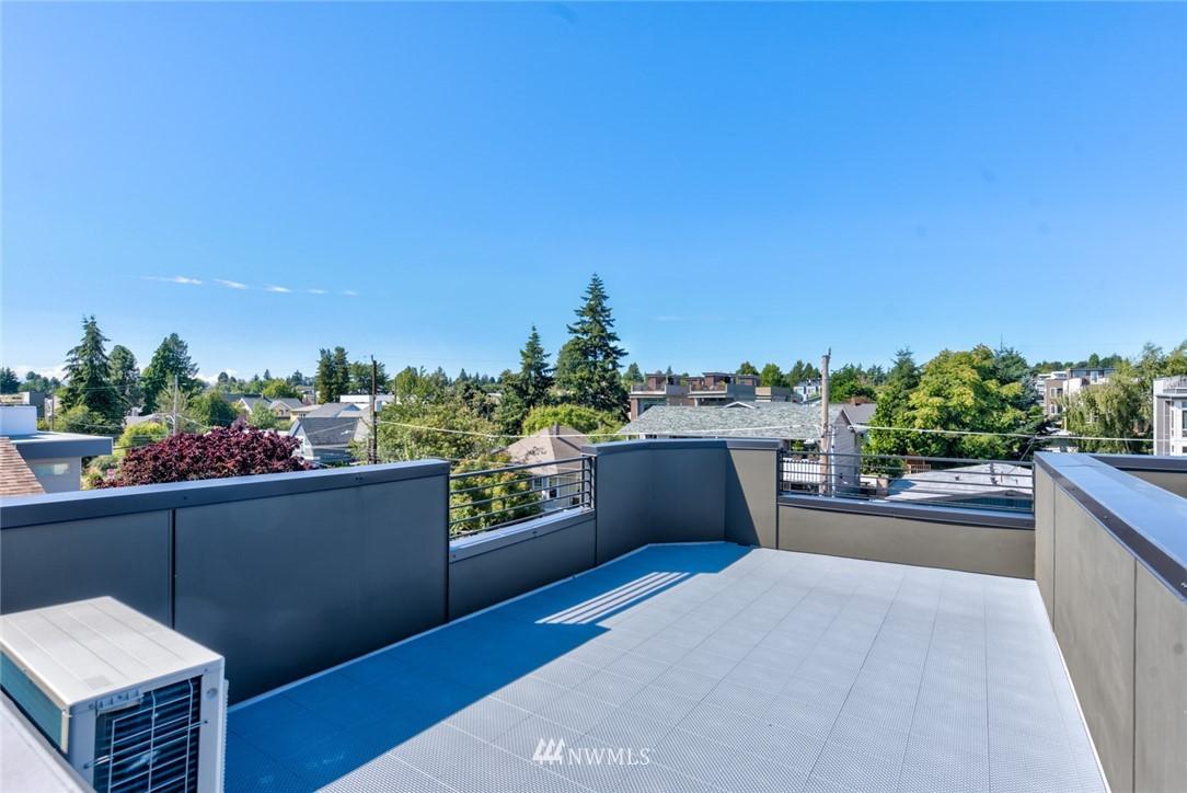 Sold Property   2431 NW 62nd Street #C Seattle, WA 98107 23