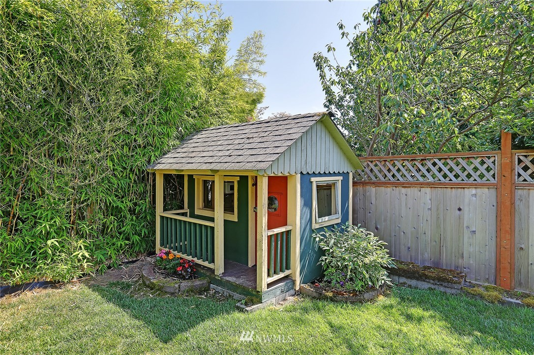 Sold Property | 6544 27th Avenue NW Seattle, WA 98117 22