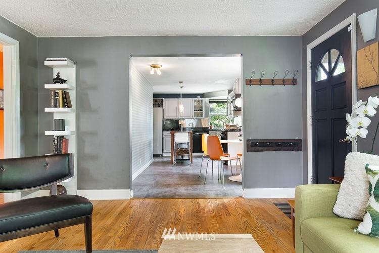 Sold Property | 7308 24th Avenue NE Seattle, WA 98115 4