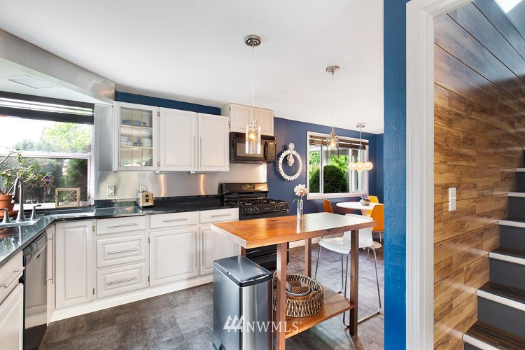 Sold Property | 7308 24th Avenue NE Seattle, WA 98115 7
