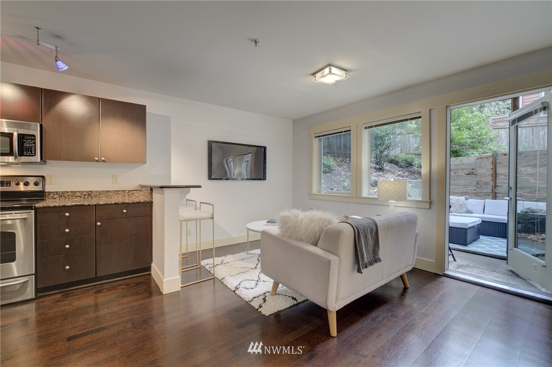Sold Property | 120 NW 39th Street #105 Seattle, WA 98107 0