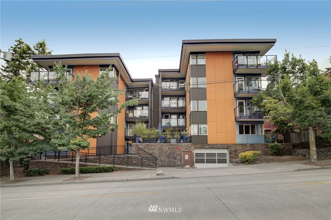 Sold Property | 120 NW 39th Street #105 Seattle, WA 98107 24