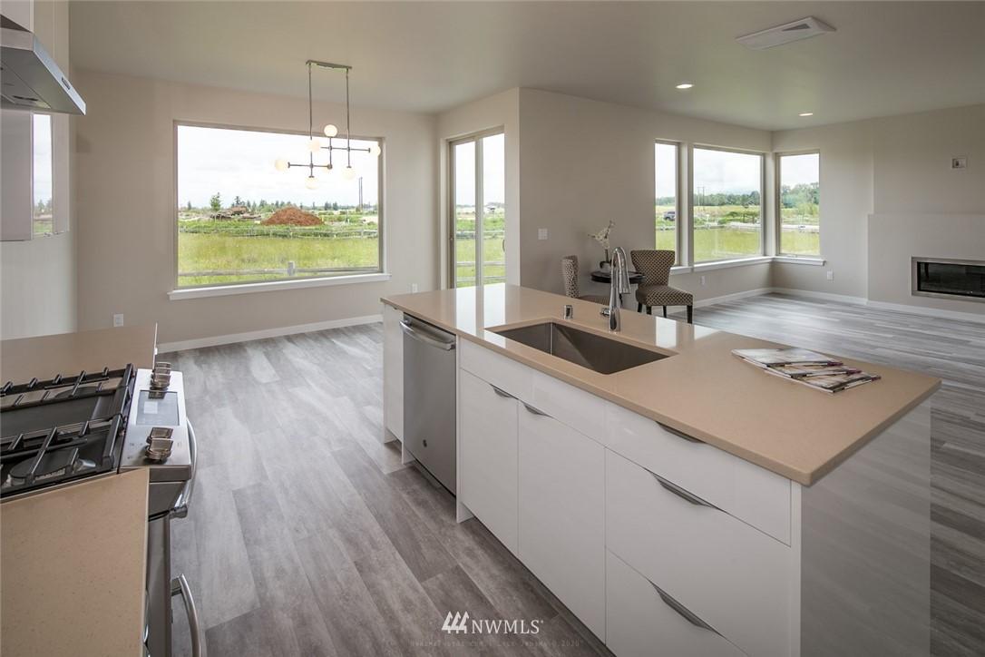 Sold Property   963 Sunseeker Lane Bellingham, WA 98226 8