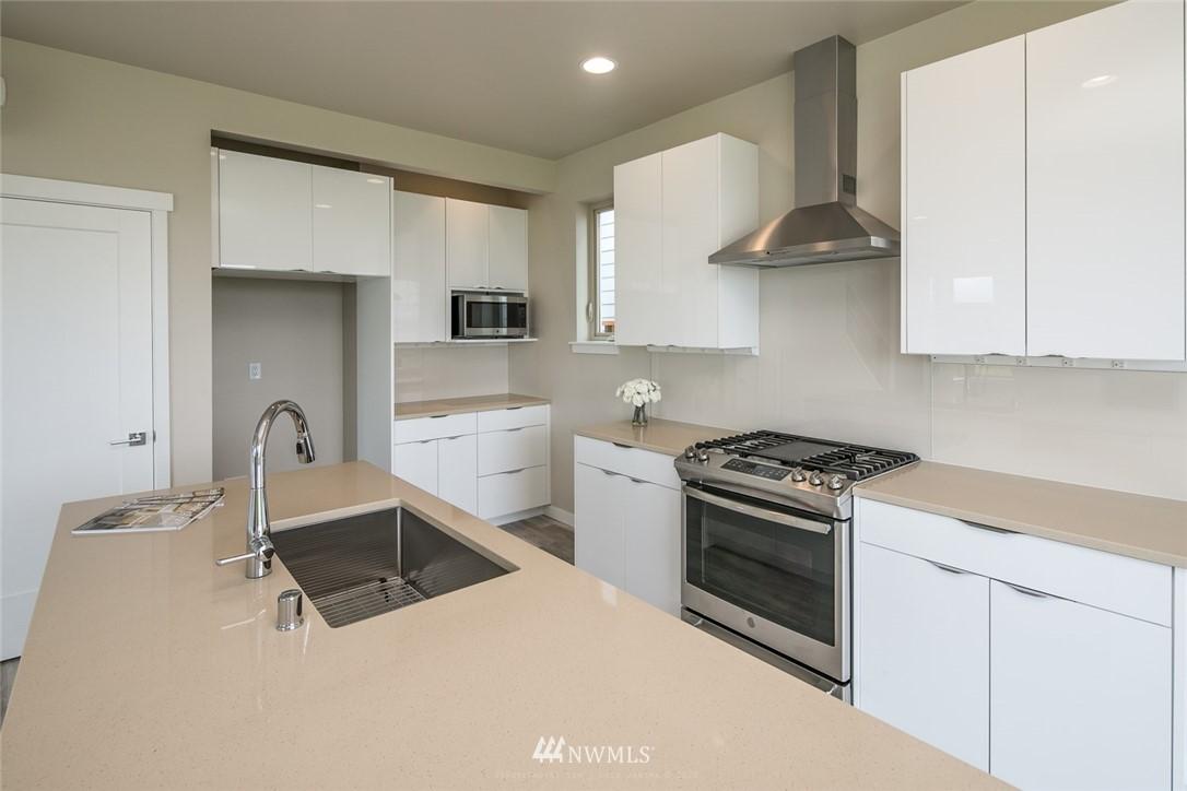 Sold Property   963 Sunseeker Lane Bellingham, WA 98226 10