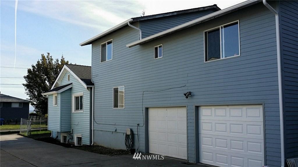 Sold Property | 3415 23rd Avenue S Seattle, WA 98144 1