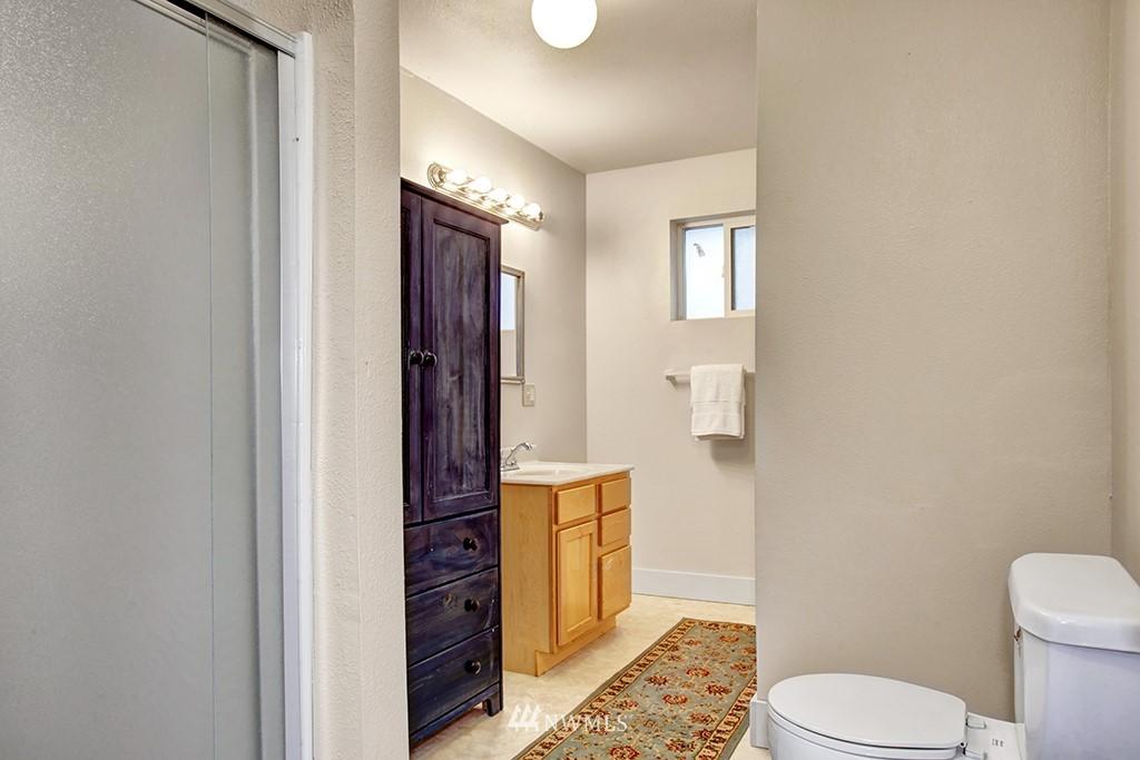 Sold Property | 3415 23rd Avenue S Seattle, WA 98144 4