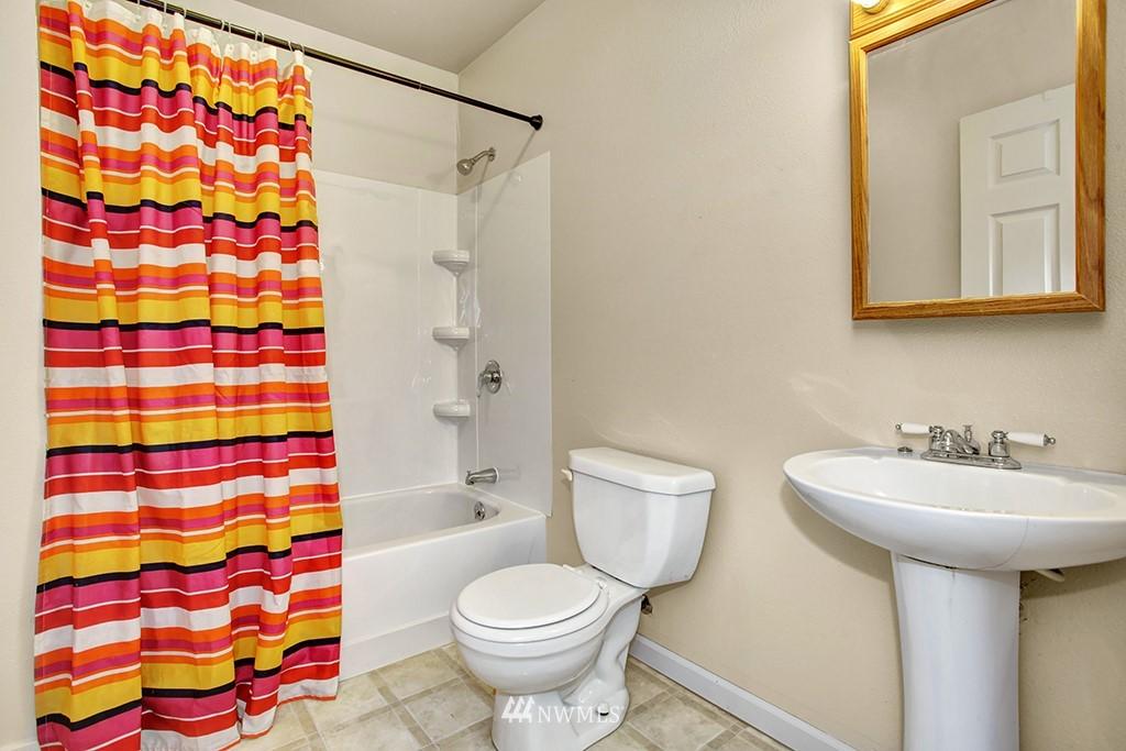 Sold Property | 3415 23rd Avenue S Seattle, WA 98144 7