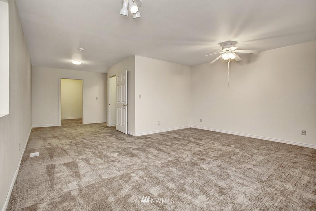 Sold Property | 3415 23rd Avenue S Seattle, WA 98144 8