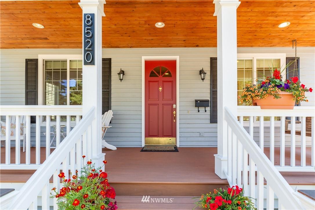 Sold Property | 8520 1st Avenue NE Seattle, WA 98115 2