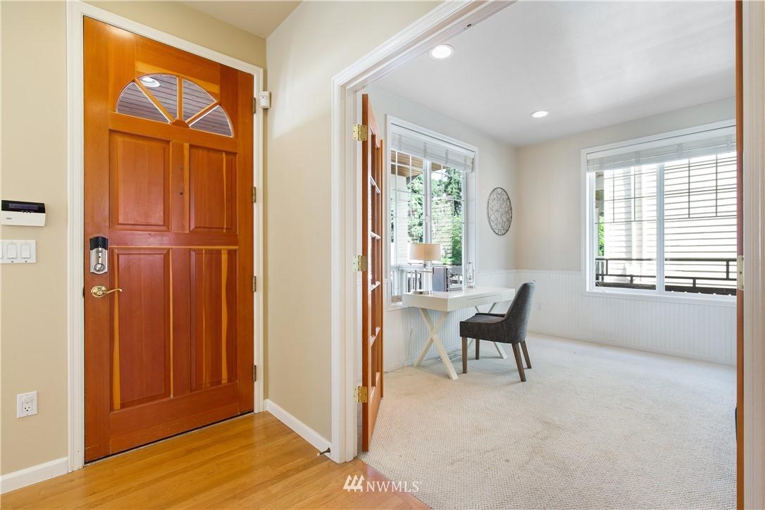 Sold Property | 8520 1st Avenue NE Seattle, WA 98115 4