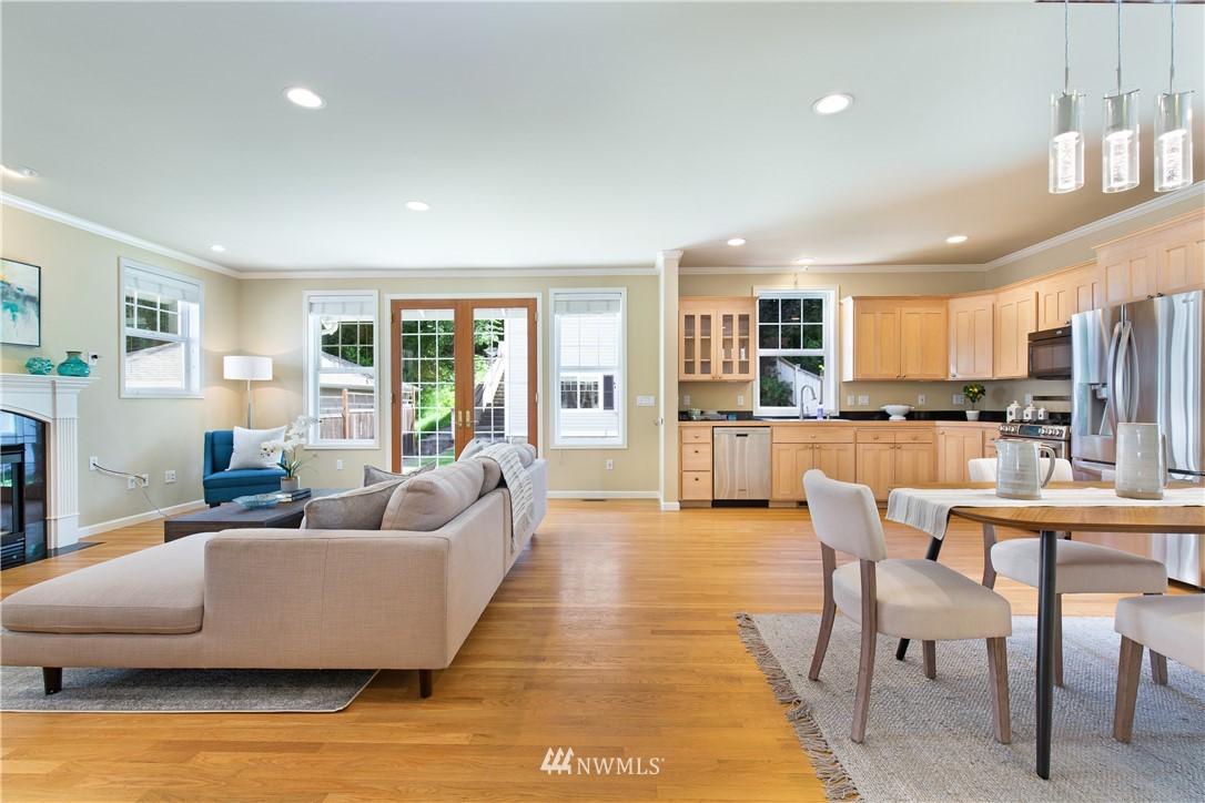 Sold Property | 8520 1st Avenue NE Seattle, WA 98115 8