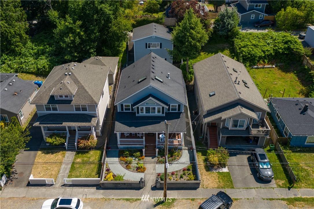 Sold Property | 8520 1st Avenue NE Seattle, WA 98115 31