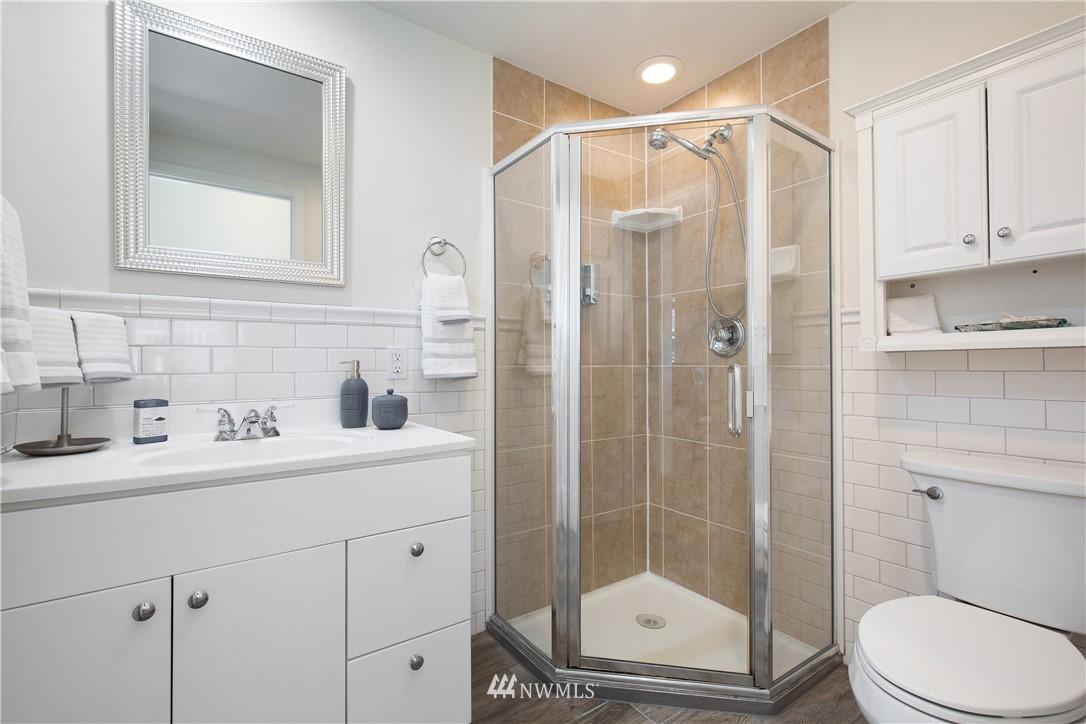 Sold Property | 8520 1st Avenue NE Seattle, WA 98115 27